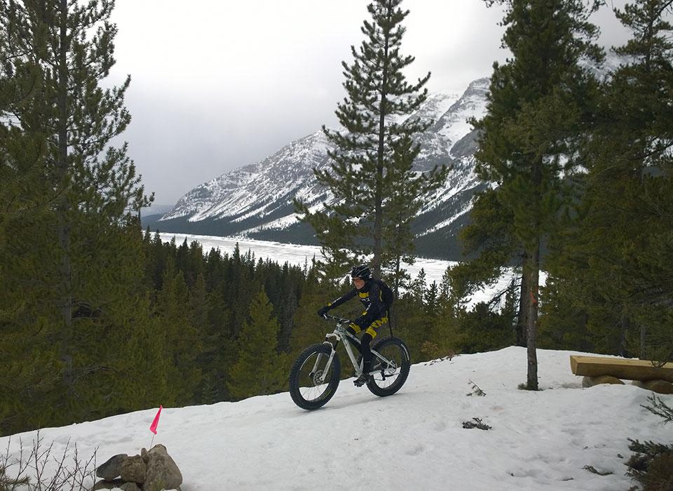 High rockies trail winter